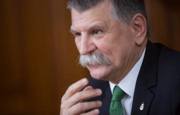 A hírmanipuláció iskolapéldája: Gyurcsány elismerését álmodta az ATV egy Kövér László-interjúba