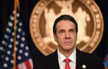New York kormányzója nem kezelte jól a járványt