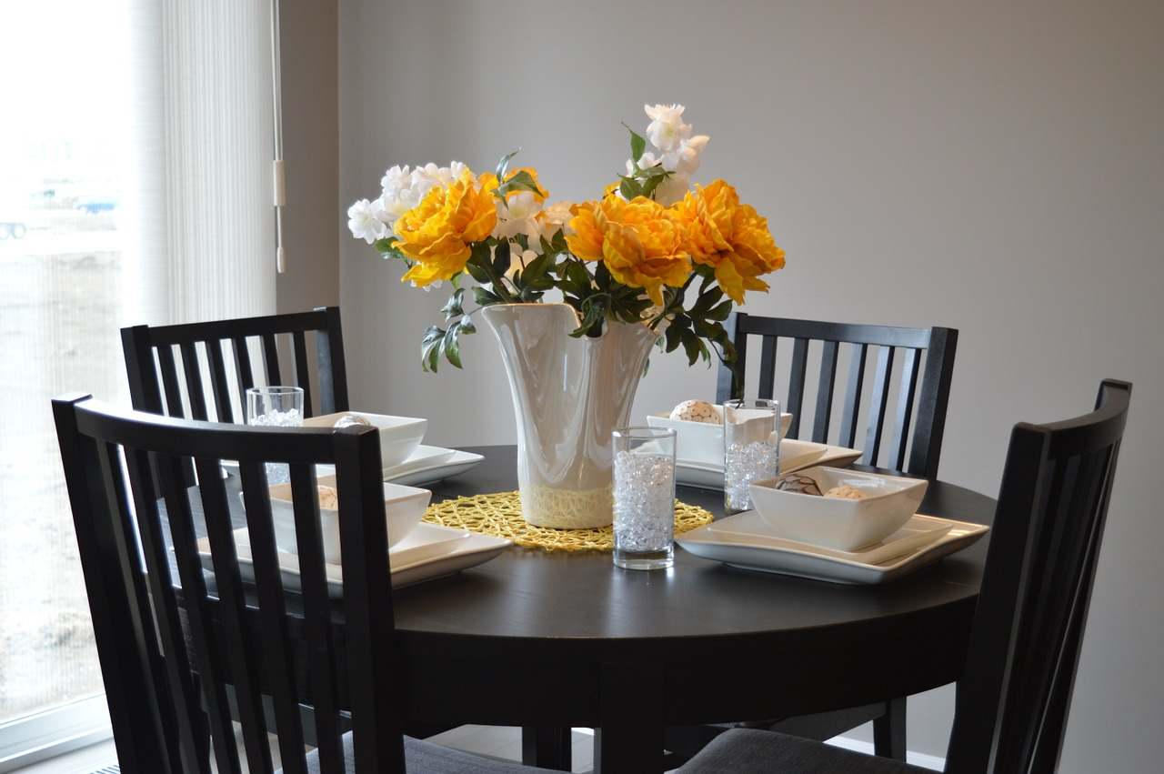 Lakberendezési tippünk: hogyan válassz étkező bútort?